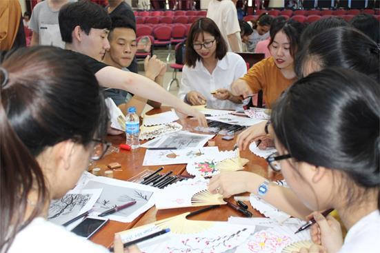 Tổ chức trại hè giao lưu văn hóa cùng đoàn tình nguyện Trường Đại học Chongsin, Hàn Quốc