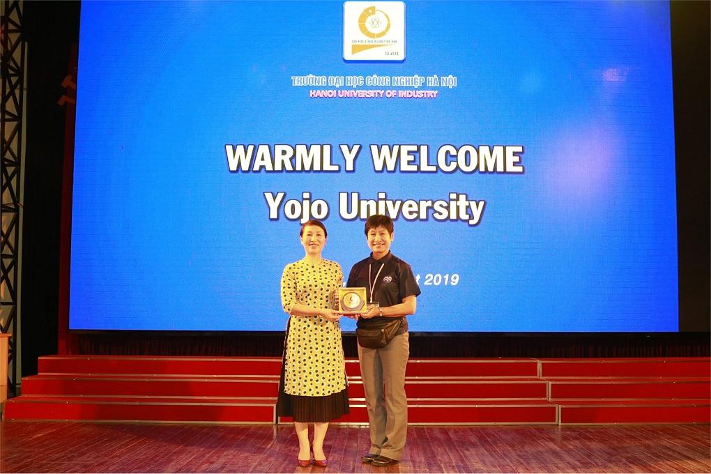 Giao lưu sinh viên giữa Đại học Công nghiệp Hà Nội và Trường Đại học Thanh niên Yojo - tỉnh Hyogo (Nhật Bản)