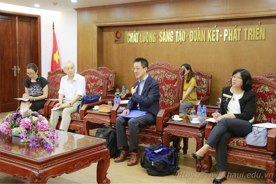 Trường Đại học Công nghiệp Hà Nội tiếp đoàn chuyên gia JICA sang thăm và làm việc