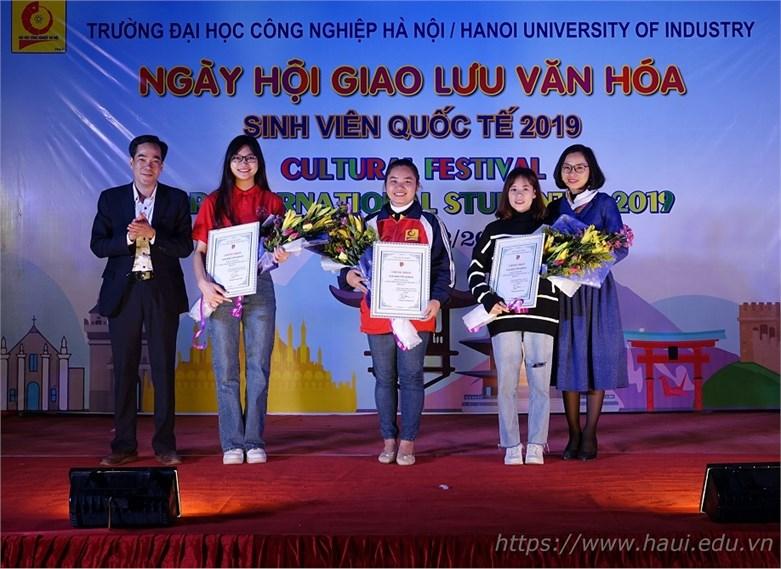 Ấn tượng tại Ngày hội giao lưu văn hóa sinh viên quốc tế 2019