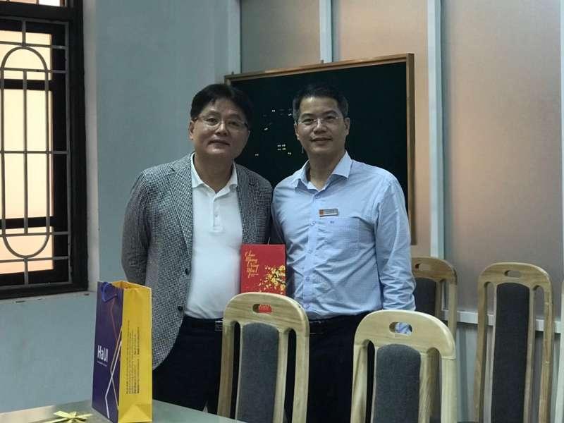 Tiếp và làm việc với đại diện Trường Đại học Khoa học và công nghệ quốc gia Seoul Tech – Hàn Quốc