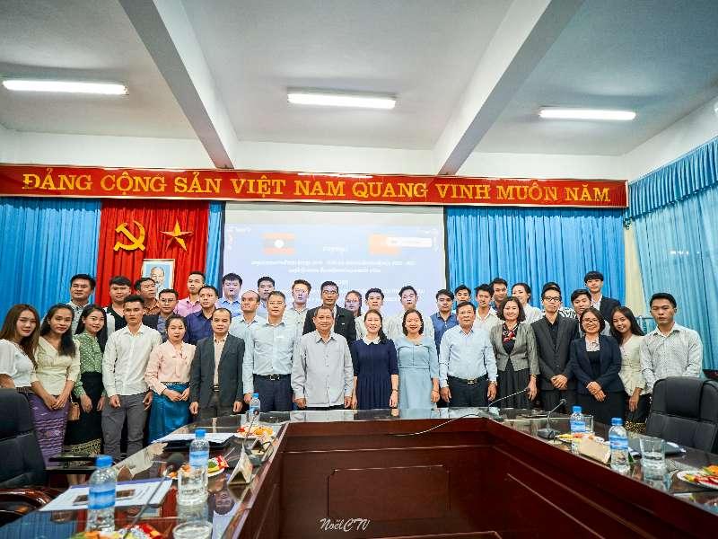 Họp tổng kết năm học 2019-2020 và triển khai kế hoạch năm học 2020-2021 của LHS Lào
